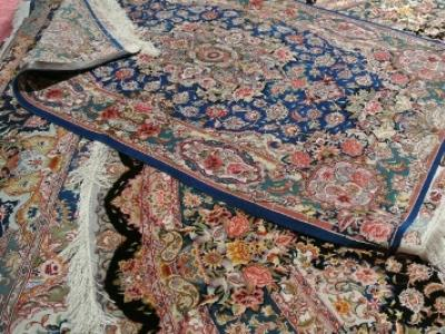 difference-between-acrylic-and-polyesterrugs.jpg
